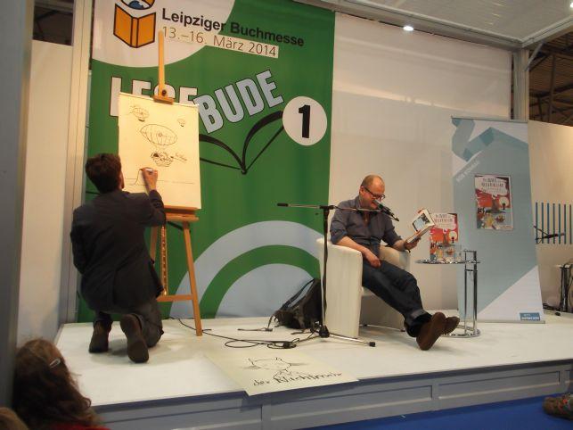 links Artur Bodenstein, rechts lesend Bob Konrad (Foto (c) Sabine Hoß)